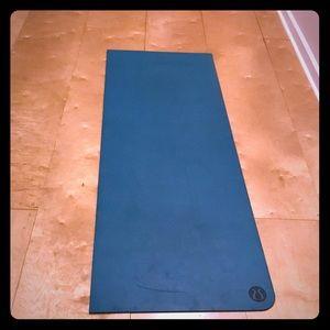 Lululemon Yoga Mat- reversible